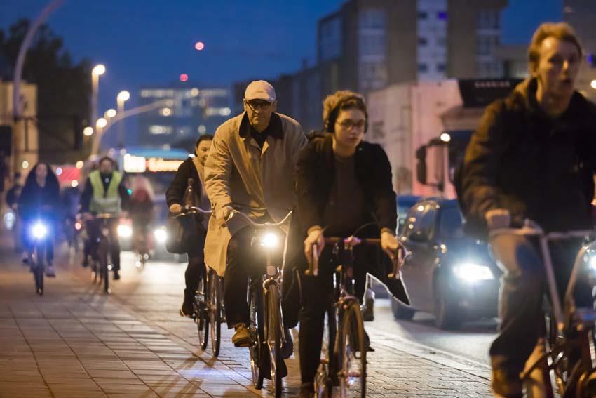 fietsersGrote Steenweg, BerchemFietsberaad Vlaanderen